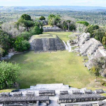 Majų miestas Čunantunichas Belize.